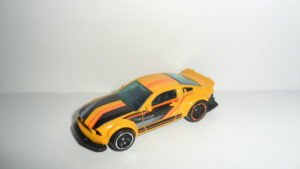 2005 Ford Mustang (Hot Wheels)